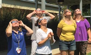 Eclipse viewing at Horton