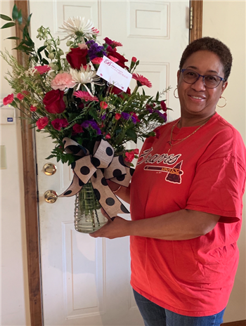 Congratulations! Shekethia Edwards ~ 2020 JSW Instructional Assistant of the Year