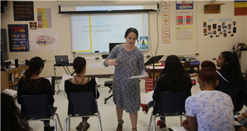 Chatham Middle chorus teacher pushing students into spotlight