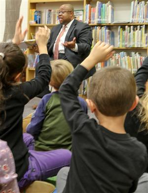 Superintendent Reads Across America