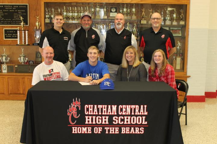 Hunter Little Signs With Barton